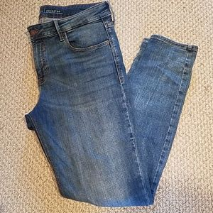 Mid Rise Rock Star Jeans